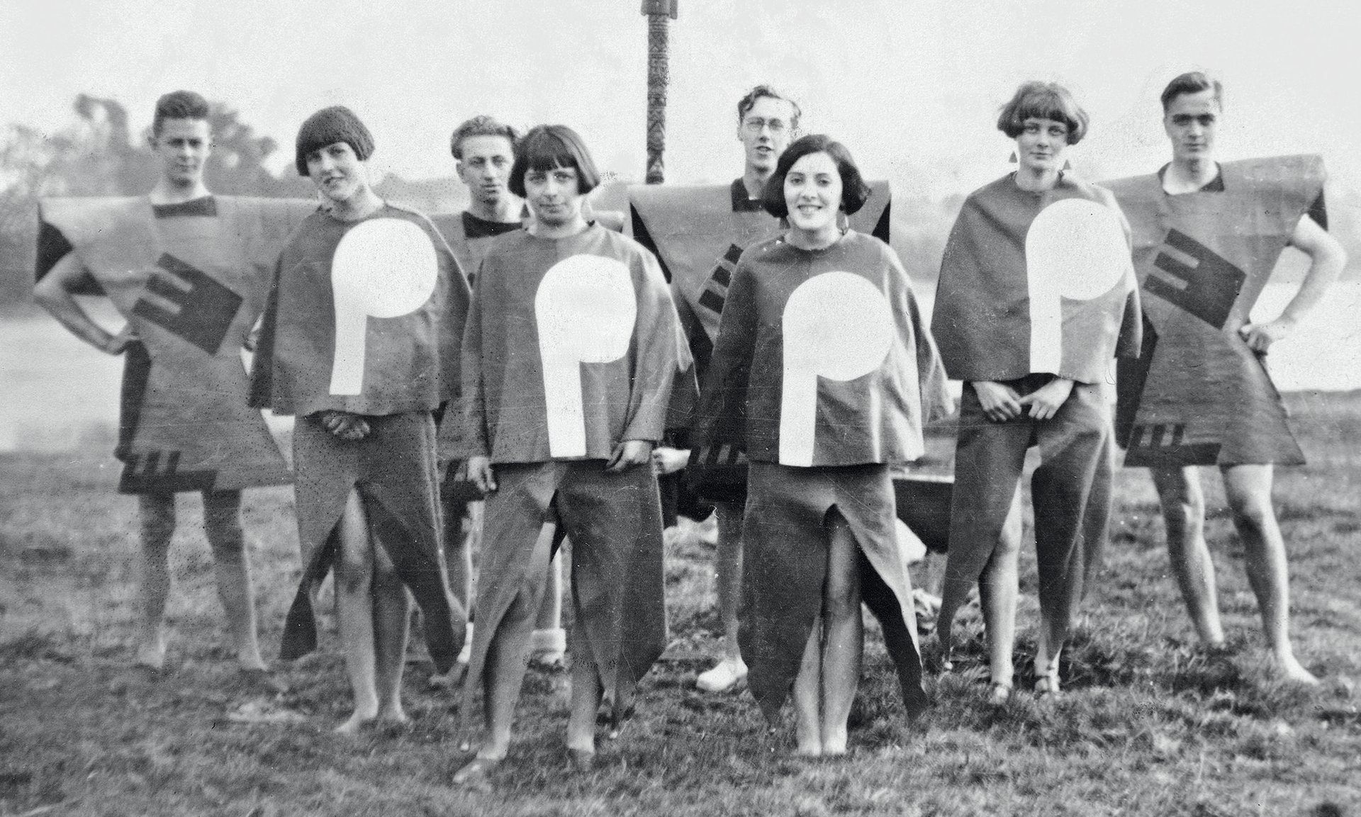 Angus McBean. Body of Gleemen and Gleemaidens at Gleemote (a Kibbo Kift Festival) 1929. Stanley Dixon Collection, thanks to Gill Dixon. Courtesy of Tim Turner.